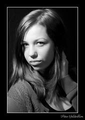 Amber Black & White (Peter Gelderblom) Tags: canon is peter 40 usm ef multiblitz 24105l gelderblom 5dmk2