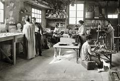 Branguli - Fabrica de juguetes.1914