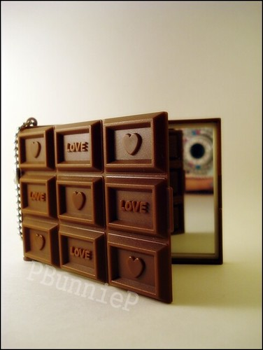 Daiso chocolate mirror