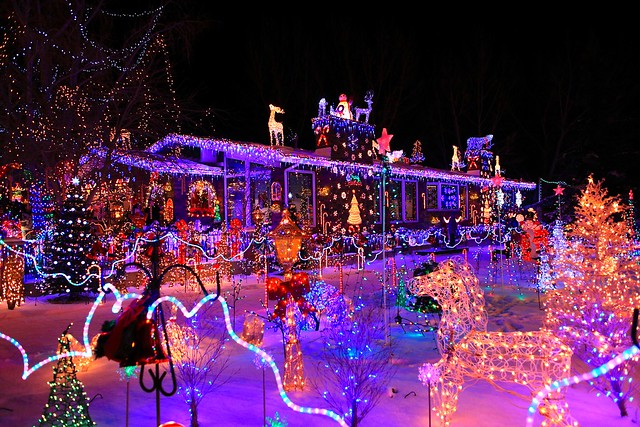 Best outdoor christmas decorations cbs news - Christmas lights house ideas ...