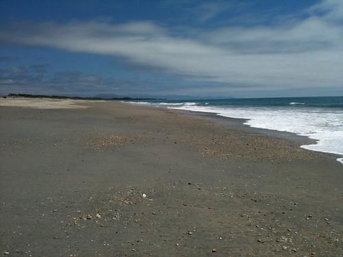 広くて美しく、誰もいないハーストビーチ