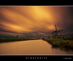 Kinderdijk (Eddy Blokhuis ) Tags: holland water dutch clouds nederland wolken lucht eddy mills kinderdijk molen hollands mil molens nd110 eddyblokhuis
