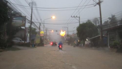 Koh Samui Heavy Rain @ Lamai サムイ島 またも土砂降り