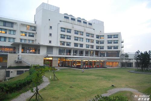飯店後方一片大草原(2)