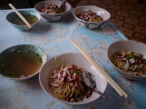 普吉島鎮上的好吃乾麵DSC01651