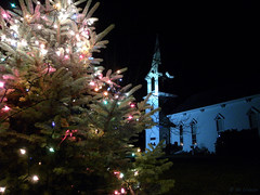 Christmas in New England (Ali Crehan) Tags: holiday ma lights december nightscene 2010 scituate firstparishunitarianuniversalist scituatedailyphoto