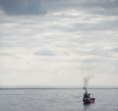 smoke on the water (fotomie2009) Tags: sea sky boat mare song nave fumo