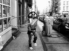 HoolaHipster (Street Witness) Tags: street nyc lady hoop samsung hoola nv7