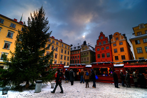 Christmas market in Stockholm (by: Brian Colson, creative commons license)