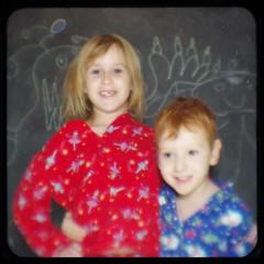 Lucy and Dexter (Area Bridges) Tags: monster chalk lucy december pentax kodak monsters dexter chalkboard blackboard pajamas dex duaflex k5 2010 duaflexiv kodakduaflexiv ttv throughtheviewfinder december2010 areabridges december262010