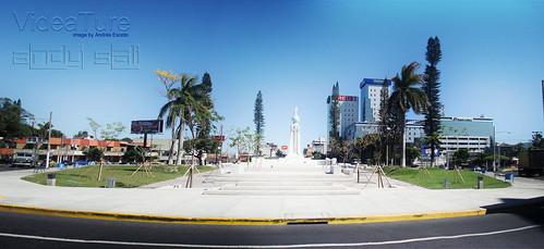 El Salvador del Mundo002