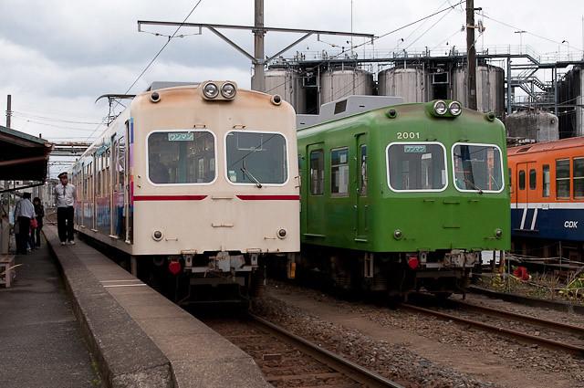 銚子電鉄 2000形 塗装変更