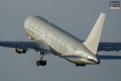 G-SJET - 23624 - Silverjet - Boeing 767-216ER - Luton - 061207 - Steven Gray - CRW_1534