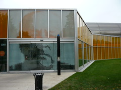 mies (magnolia_soup) Tags: orange chicago building college glass face architecture modern campus illinois exterior image entrance il iit remkoolhaas miesvanderrohe oma koolhaas ludwig mies studentcenter tribune mccormick illinoisinstituteoftechnology