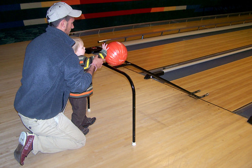 101229 Bowling 07 - Bo + Coleman