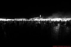 La Place Djema El-Fna (l'apple-cafe) Tags: nikon islam maroc atlas marrakech hdr highdynamicrange koutoubia afrique mosque musulman d90 djemaelfna nikond90 mosquekoutoubia arabomusulman placedjemaelfna laplacedjemaelfna