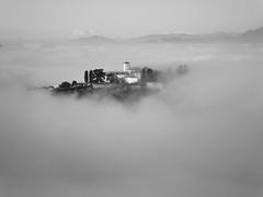 fog (Simone Serughetti) Tags: panorama fog grey grigio nebbia castello castel landacape carobbio