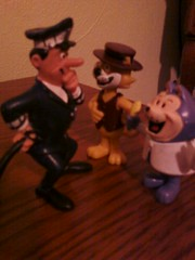comics spain officer dibble and top cat, miniland benny the ball (jacknava2001) Tags: espaa cat comics spain hanna espana hana tc benny dongato boomerang barbera cartoonnetwork miniland hannabarbera topcat hanabarbera bennytheball officerdibble comicsspain minilando