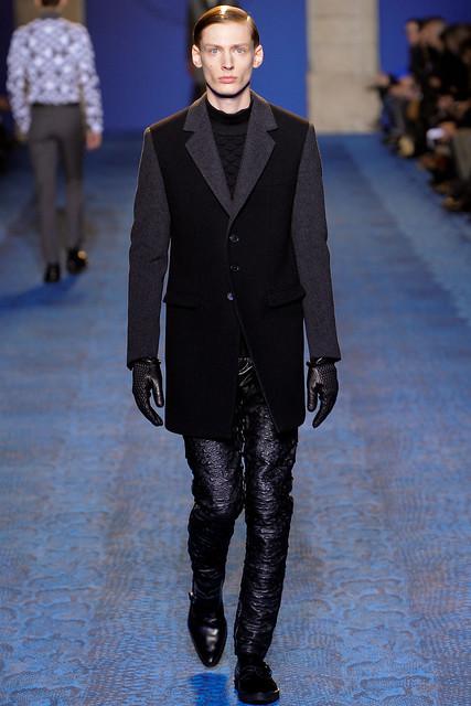 FW11_Milan_Versace010(VOGUEcom)