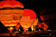 Night Glow (M. Ribeiro ) Tags: light brazil festival braslia brasil night fire nikon hotair noturna ballons balonismo bales nightglow esplanadadosministrios 3570mmf28 nikond90 nikonafzoomnikkor3570mmf28d