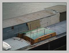 Sur Seine (afantelin) Tags: paris15e iledefrance navigation pniche boat seineriver