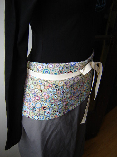 The Cafe Apron - in lovely organic cotton canvas!