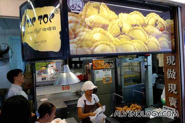 Tip Top Curry Puff stall