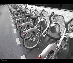 Paris vli-vlos (lemwan (busy)) Tags: paris france canon europe velo ville parijs vlo visite tourisme vlos parigi g11 touristes velos parys pariis paryz parizo mywinners velib vlib pars