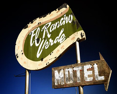 El Rancho Verde Motel (avilon_music) Tags: california signs sign neon desert motel olympus signage weathered neonsign horseshoe e3 rancho neonsigns motels motelsign arrowsign oldsigns elrancho vintagesigns hwy10 vintageneon oldmotels motelsigns ghostneon elranchoverdemotel markpeacockphotography ghostedneonsigns