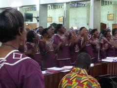 Singing and clapping (prondis_in_kenya) Tags: musician choir dance catholic cathedral kenya drum basilica nairobi rc holyfamily kayamba shortrains