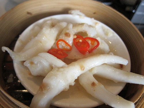 Steamed Squid and Garlic