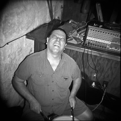 Holga 120- Juan (mustangbass) Tags: bw musicians holga bn austintexas doc drummers dm toycameras airwair plasticcameras blackandwhitephotography docmartens wair keepingitweird joezito ellocobajista mustangbass josephzito dontforgettotakethelenscapoff musiciansthatalsoshoot martensdmair