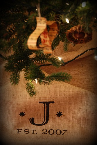 DIY Monogramed Tree Skirt