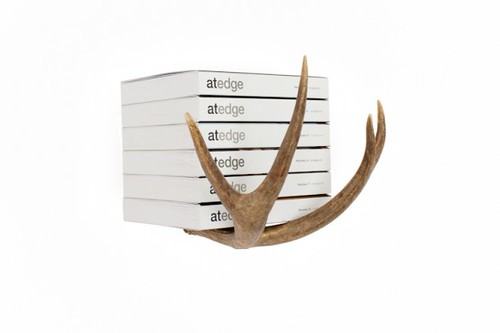 Design Inspiration: Antler Holders and Hooks To Decorate Your Home