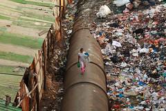 Dharavi Pipe Walk, III