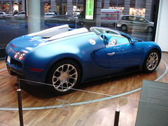 GERMANY_BUGATTI VEYRON (husainbourisly) Tags: blue berlin cars car sport germany europe sony bugatti veyron     dscp150