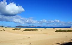 Corralejo, Fuerteventura (Andy_Mitchell_UK) Tags: sea vacation sun holiday beach clouds geotagged spain sand day cloudy dunes fuerteventura espana canaries canaryislands loslobos islascanarias corralejo islalobos