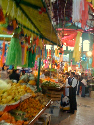 Pachuca, Mexico market during holiday season (by: Mircea Turcan, creative commons license)