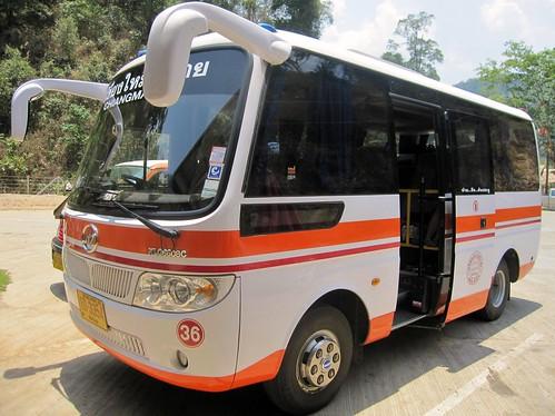 Minibus to Pai