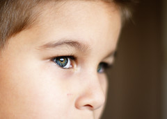 """""""Cries life is like, some movie, black and white"""" (Kelly.Hunter.) Tags: boy 50mm eyes child close sony alpha"""