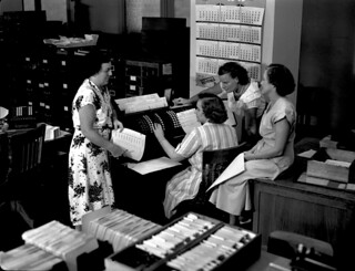 Women operators at Midvale Company payroll machine in Time Office, April 29, 1949