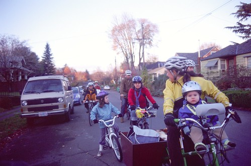 kidical mass tour de pie: checking the group's progress