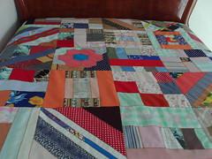 Colcha de patchwork (Zizi Anil) Tags: arte artesanato artesanal fuxico manual patchwork decor decorao almofada futton colcha fuxicos almofadadefuxico colchadepatchwork colchadefuxico zizianil