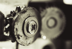 can opener (Barbara.K) Tags: detail texture metal closeup screw rust dof bokeh monochromatic householditem canonefs60mmf28 differentialfocus eos500d canonrebelt1i