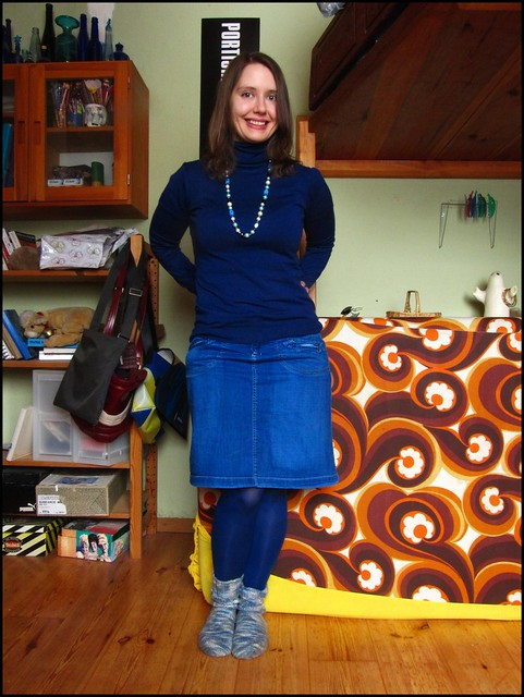 26.12.10: all blue; fashion, clothes, style, outfit, thrift, thrifted, blogger, blog, creative, colour, color, charity shop, quirky, individual, blue, zara, necklace, pearls