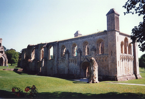 Glastonbury Abbey Ruins - Copyright R.Weal 1998