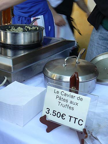 caviar de pâtes aux truffes.jpg