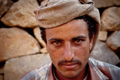 portrait of a young Yemeni tribal meeting in the mountain villages, yemen (anthony pappone photography) Tags: pictures travel portrait people selfportrait mountains beautiful beauty digital self canon pose lens photography photo foto faces image expression retrato picture culture portraiture arabia yemen fotografia ritratti ritratto  reportage photograher persiangulf  arabo yemeni phototravel mountainvillage yaman   arabie arabiafelix arabieheureuse arabianpeninsula mountainvillages     earthasia  alyaman yemenpicture yemenpictures eos5dmarkii    burramountain mountainharaz