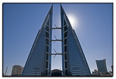 World Trade Center Bahrein # EXPLORE 18-01-11 # ( Marco Antonio Soler ) Tags: world cruise nikon barco ship edificio center 11 iso enero eua arabia jpg trade hdr golfo petroleo rascacielos crucero bahrein 2011 persico arabes emiratos d80 blinkagain httpballoonaprivatthumbloggercom