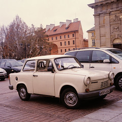 Trabi (Magne M) Tags: mamiya c220 film car analog mediumformat square poland warsaw trabant easterneurope trab eastgerman presidentpalace trabant11 communistsymbol